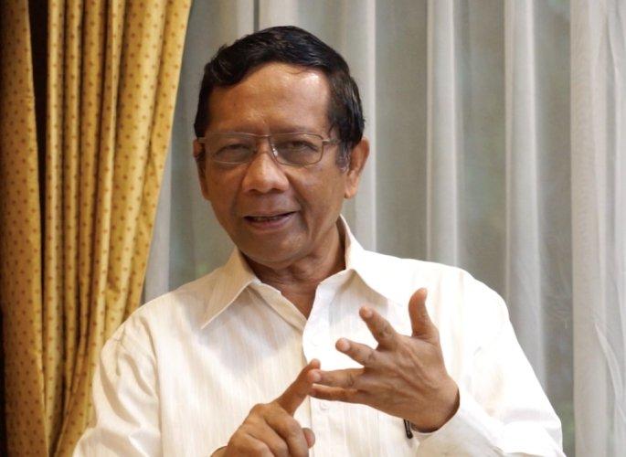 Mahfud MD Dikepung, Buntut Ancaman Pada Habib Rizieq