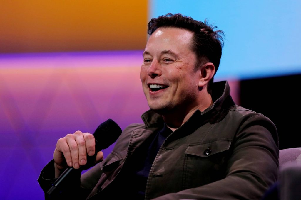 Profil Singkat Elon Musk dan Keluarganya